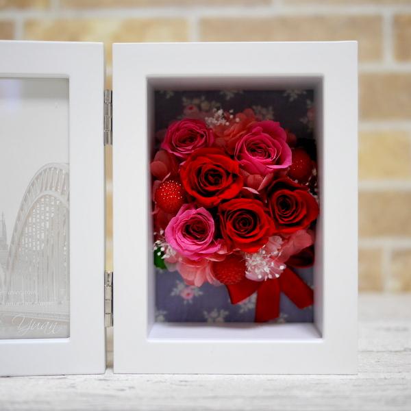 プリザーブドフラワー 写真立て 還暦祝い 赤バラ