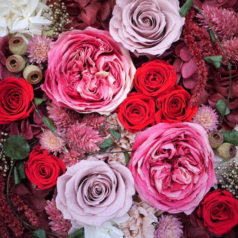 プリザーブドフラワーの赤バラ