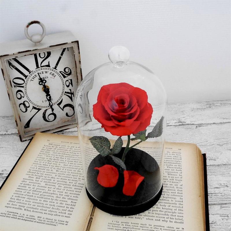 美女と野獣の赤バラ